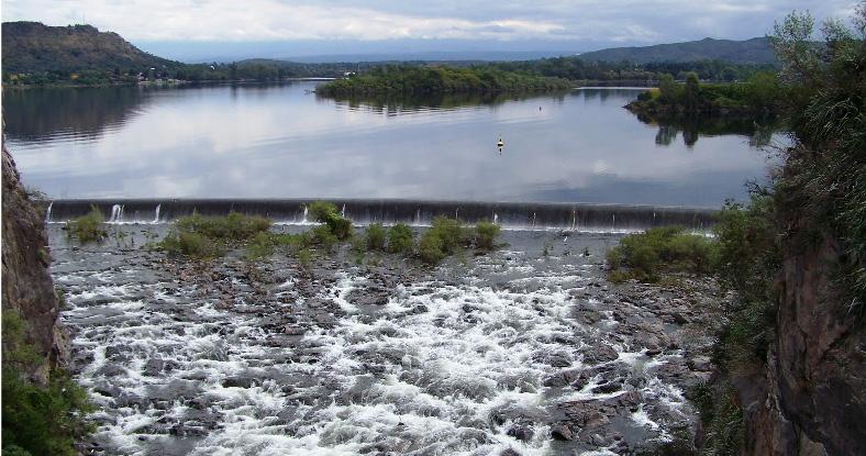 El Defensor intimó a gobernadores para que no tiren agua de sus provincias hacia Buenos Aires